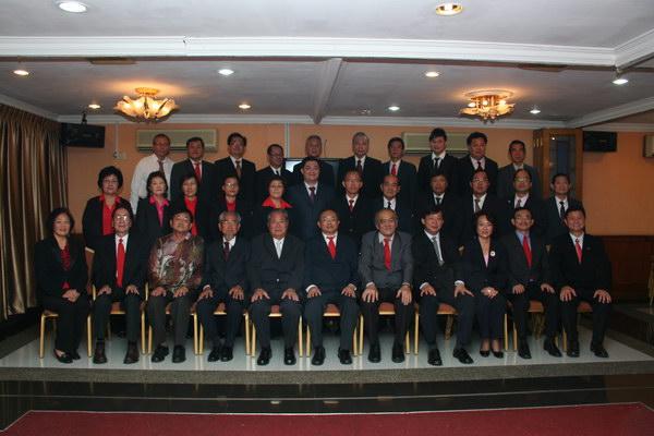 第廿三届(2012~2013年度)理事会及顾问合照